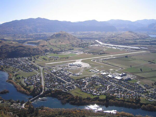 L'aéroport international de Queenstown en Nouvelle-Zélande