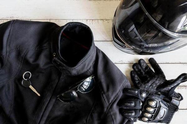 Comment se préparer pour un voyage à moto ?