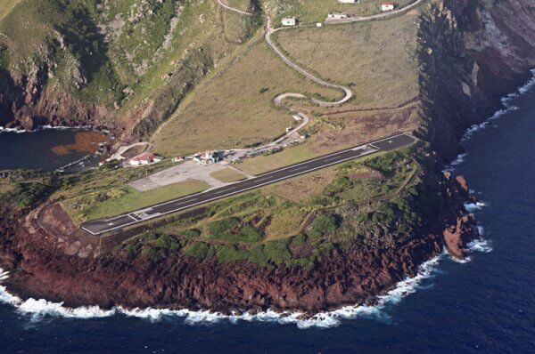 L'aéroport de Saba aux Antilles Néerlandaises