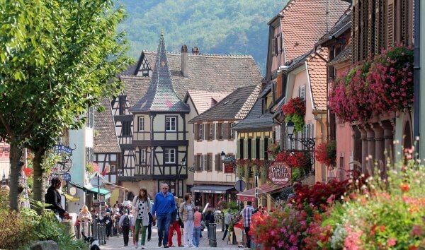 Plonger dans une atmosphère chaleureuse dans le village alsacien de Kaysersberg